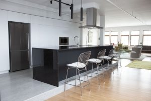 saint-henry-black-granite-noir-grifon-300x200 Installation comptoir En Granite Quartz marbre